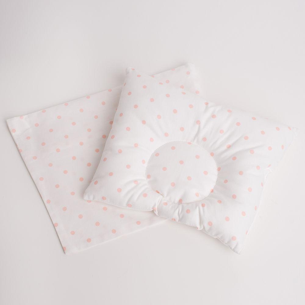 Подушка с розовыми горошками