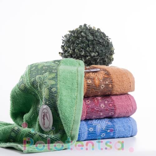 Полотенца банные Цветок