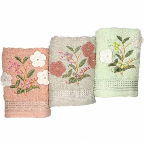 Полотенца банные 3 цветка