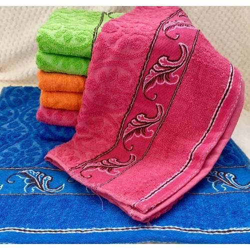 Банные полотенца Перышко