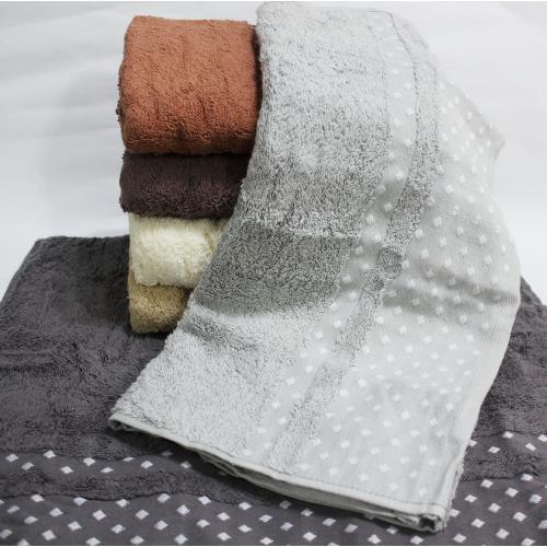 Метровые турецкие полотенца Febo Точка