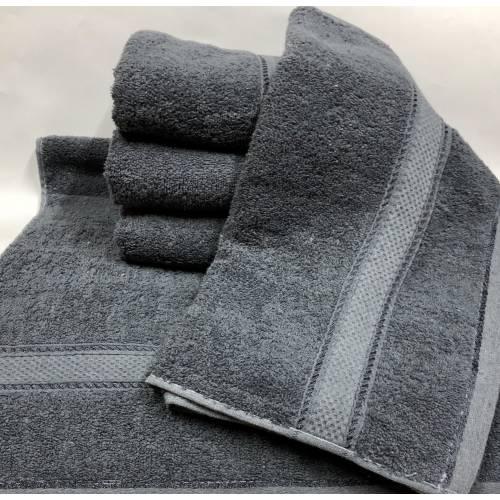 Банные полотенца Серый цвет