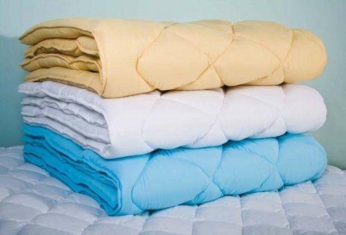 Недорогое полуторное одеяло